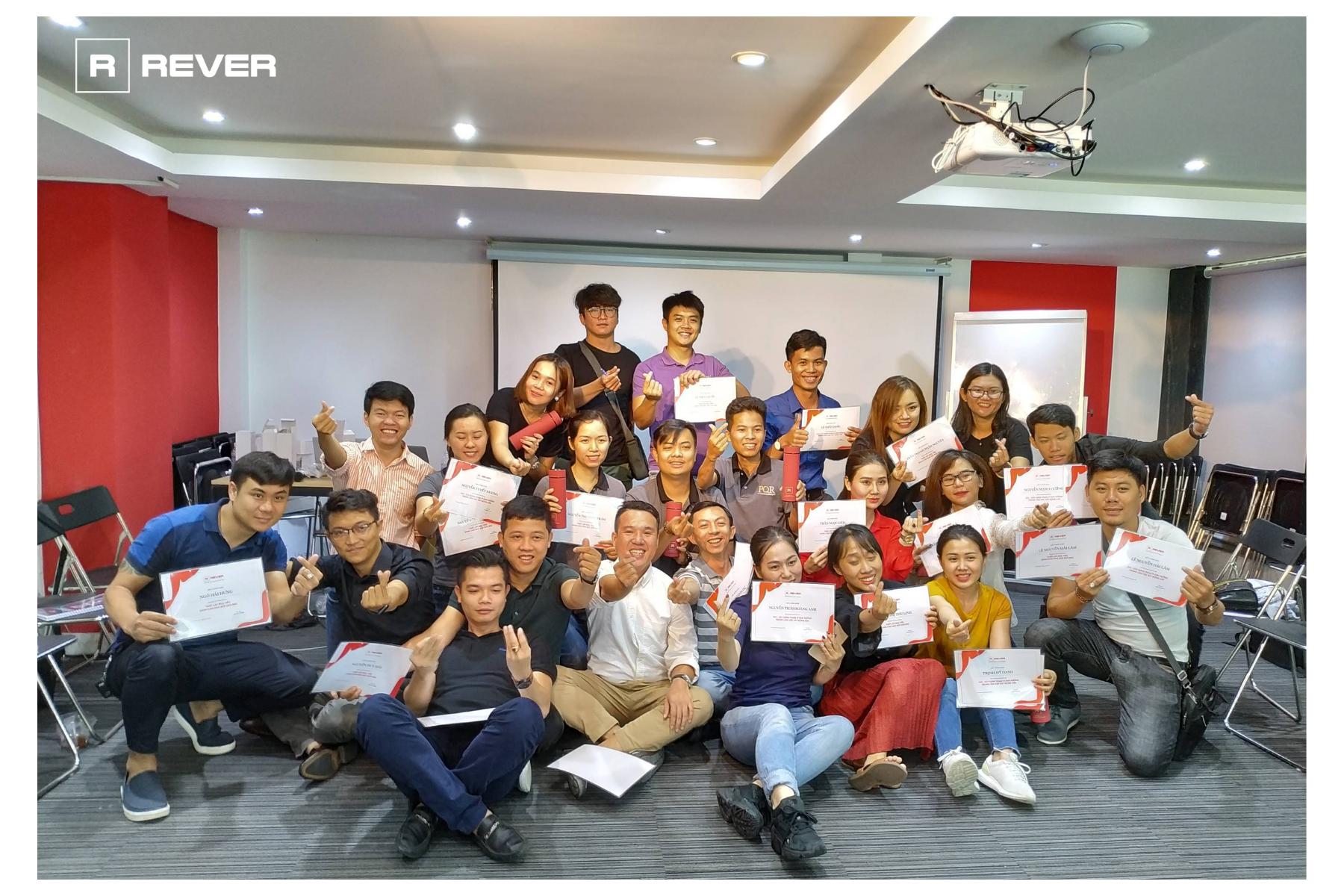 Rever và lộ trình đào tạo môi giới chuyên nghiệp